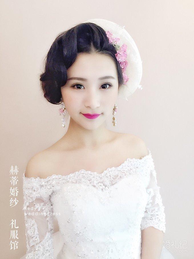 轻复古新娘造型,婚纱礼服设计作品欣赏