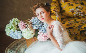 【痕迹婚纱】韩式婚纱礼服+价值1880新娘跟妆
