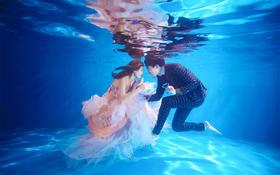 璀璨巴黎™摄影《水下》系列