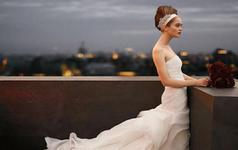 夏日婚礼专享,婚纱礼服跟妆组合套餐,一站式搞定!