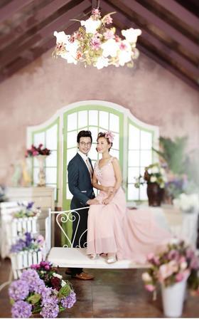 「浪漫满屋」幸福城婚纱摄影系列