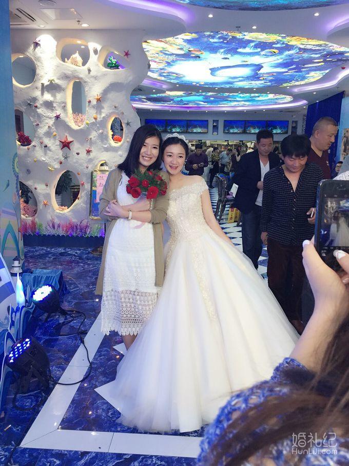 海洋系婚礼,婚纱礼服设计作品欣赏