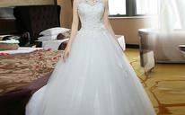 新款韩版新婚纱礼服——修身蕾丝挂脖婚纱MH72
