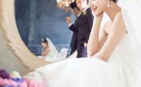 室内时尚婚纱照 | 爱情工厂