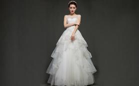 蘭墨包肩手工珠绣齐地婚纱、兰墨区晚宴礼服二件