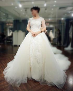 拖尾婚纱 | 新娘试穿体验