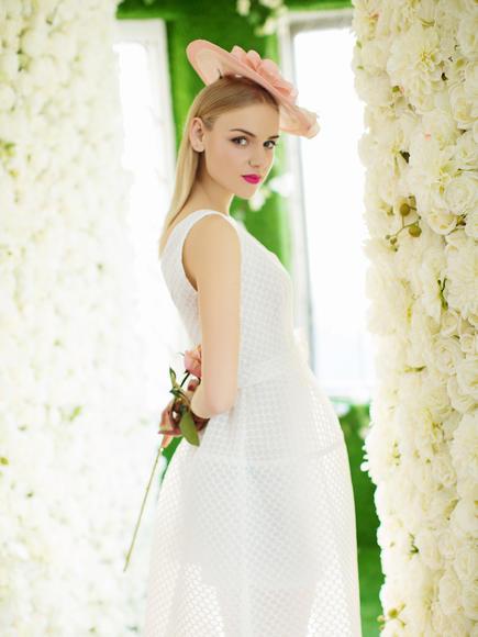 白雅系婚纱