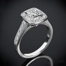 【呓人珠宝】方形光环直臂镶钻石戒指