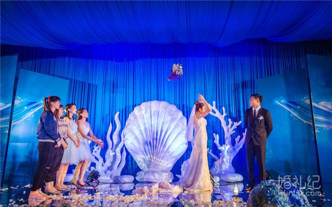 爱》海洋系实景搭建婚礼