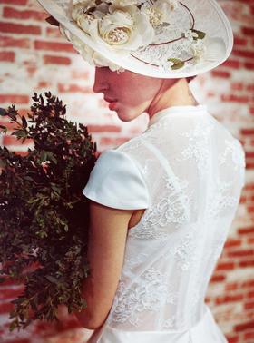 TangYi婚纱设计 | 复古缎面仪式纱
