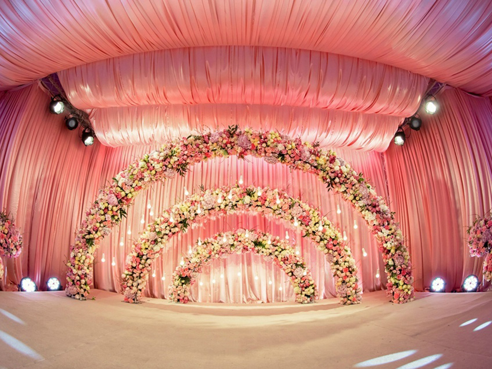 结婚纪�y��yd�&����_小清新婚礼布置,婚礼布置图库,婚礼纪www.hunliji.com