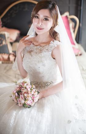 【花茜新娘--仙美新娘婚纱礼服系列】