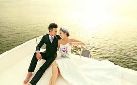 时尚游艇婚纱摄影+和你在一起
