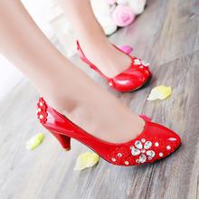手工婚鞋简单大方款蕾丝小花梅花水晶性感时尚鞋不同的跟高选择