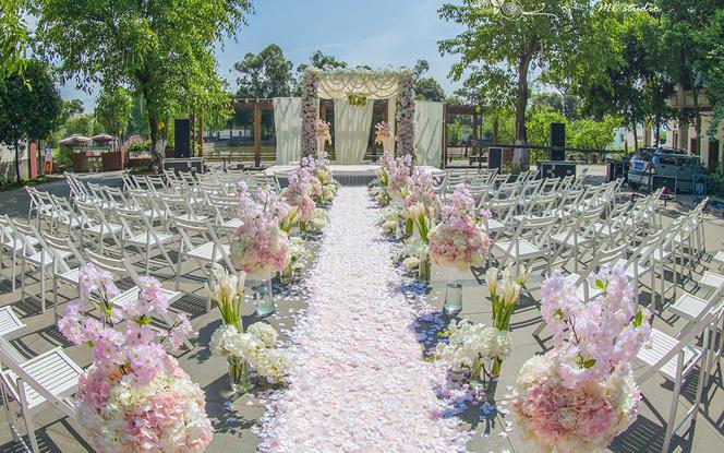 【幸福蜜语婚礼馆】粉色清新户外婚礼《你最珍贵》