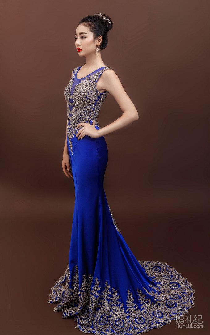 圆领修身鱼尾拖,婚纱礼服设计作品欣赏,婚礼纪 hunli.