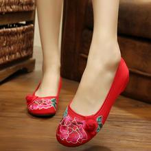 老北京布鞋民族风绣花鞋婚鞋2016夏新款刺绣梅花扣子红色婚鞋