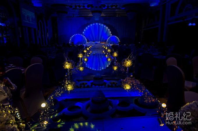 婚礼场地:哈曼 婚礼主题:拾忆屋——蓝色爱之旅 海洋
