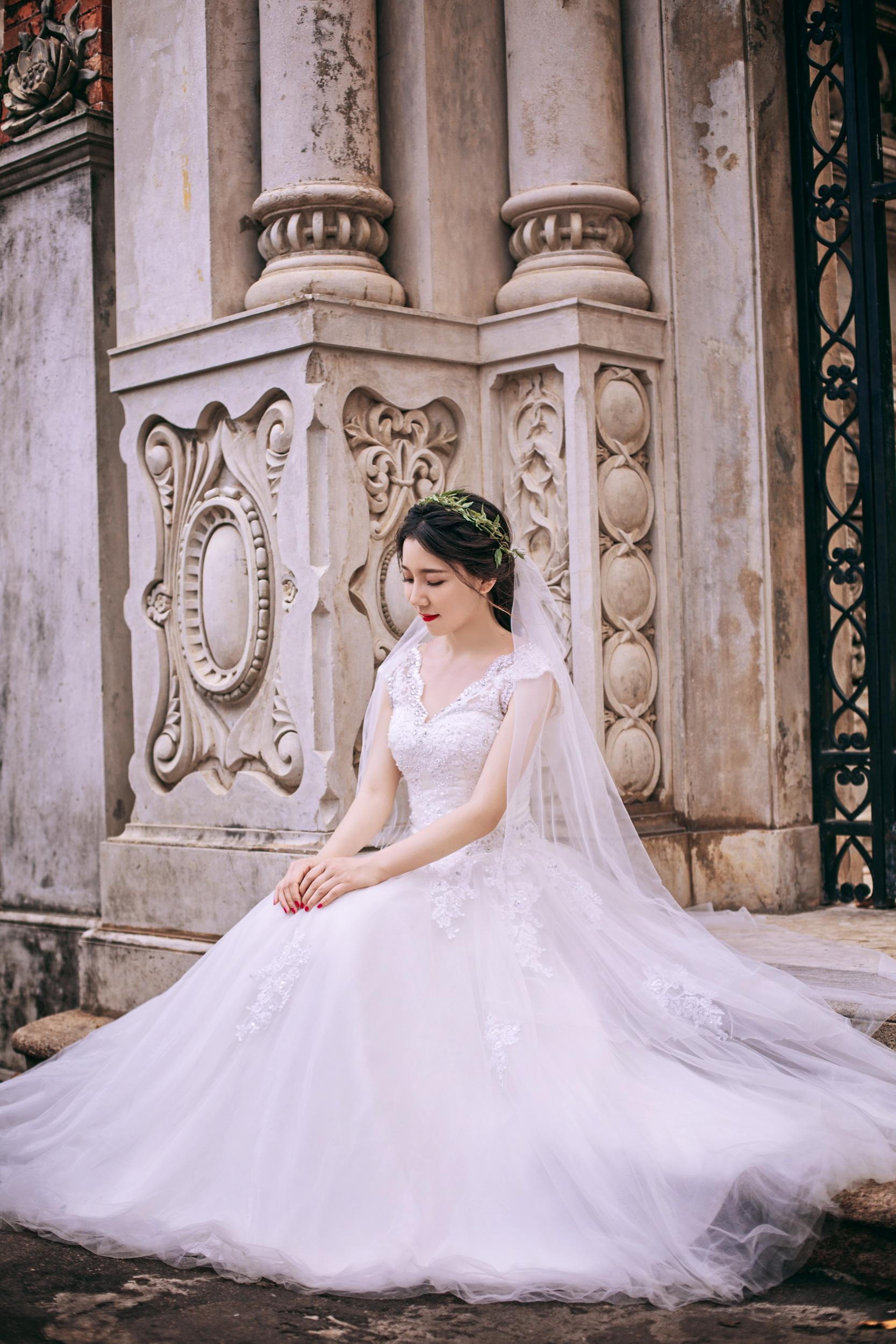 唯美欧式建筑婚纱照