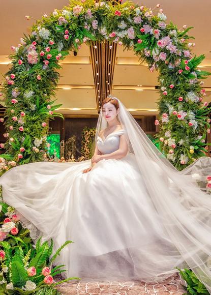 【卡蜜拉婚纱礼服定制馆】婚礼现场新娘美片(四)
