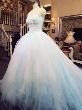 微夏唯美婚礼礼服