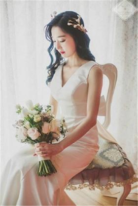 【台湾布蕾丝婚纱】端庄秀美婚纱