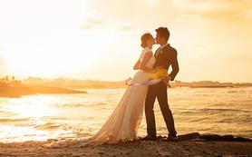 青岛罗薇新娘旅行婚纱摄影包住宿蜜月海景旅拍送婚纱