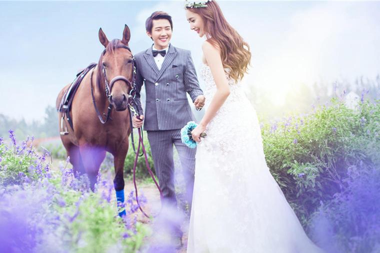 「浪漫满屋」马场系列婚纱照