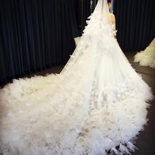 定制婚纱礼服新款奢华花朵羽毛新娘长拖尾抹胸婚纱修身显瘦