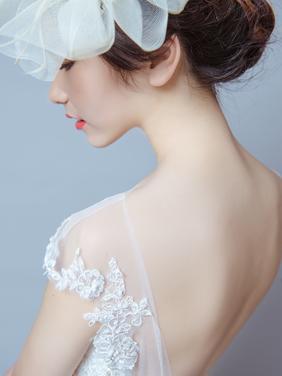 森系婚礼推荐-美背鱼尾