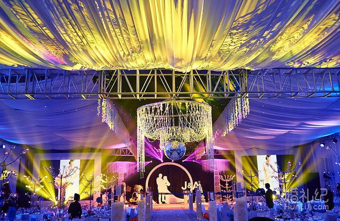 或门帘或拱门个性化仪式区 装饰:灯光点缀装饰    灯光舞美 婚礼灯光