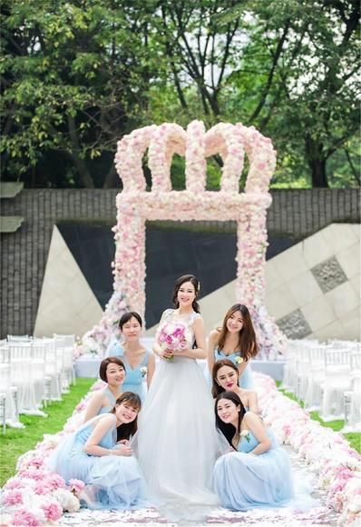 【台湾布蕾丝婚纱】清澈的蓝——新娘和伴娘的礼服
