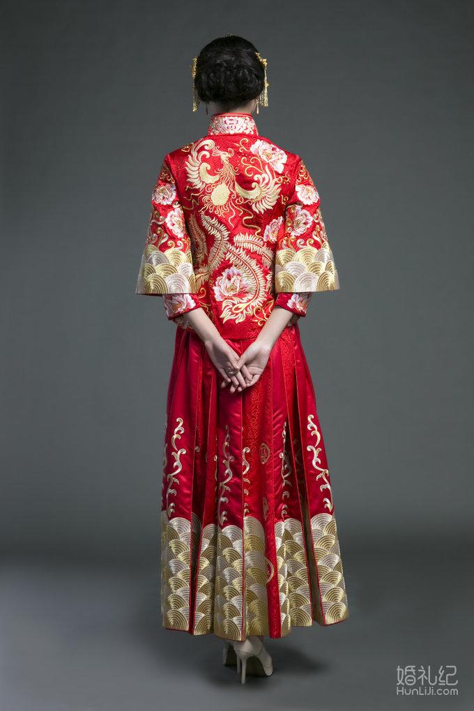 兰墨中式新娘秀禾服