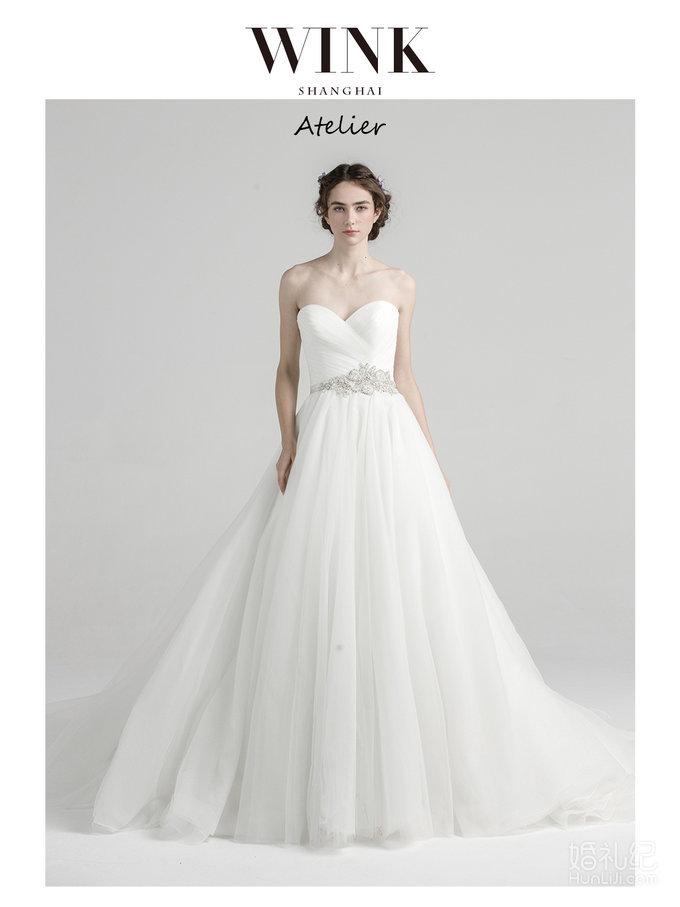 """Classic White""""V""""型收腰水晶婚纱"""
