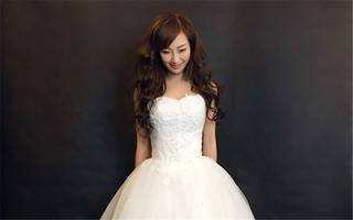 梧桐造型馆-婚纱礼服