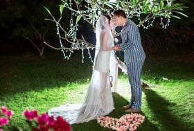 爱在西岛——简约海景婚纱客片欣赏