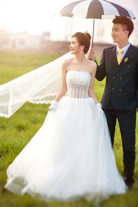 韩式文艺婚纱照【飞鱼映像】踏著幸福牵手