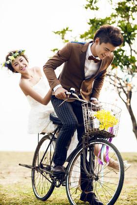 【波西米亚清新婚纱照】单车恋人