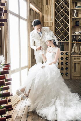 LOVE+韩式内景婚纱照