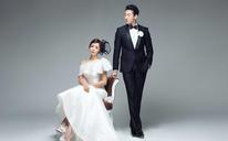 韩式内景婚纱照——纯色世界