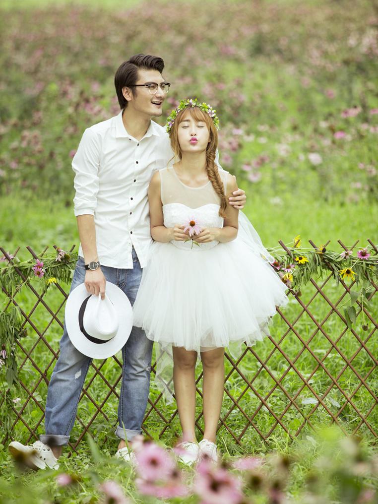 公园婚纱照