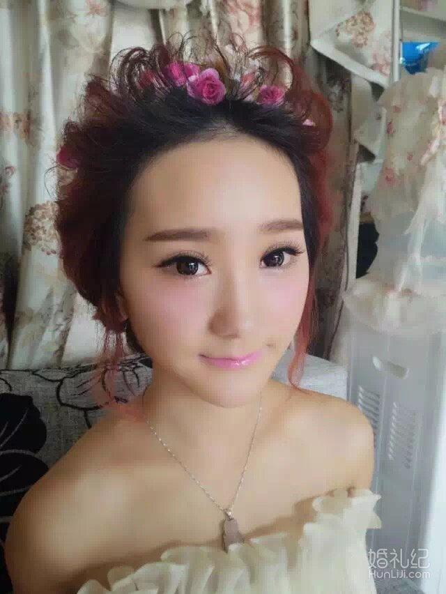 清新清透俏皮可爱鲜花唯美当日新娘造型
