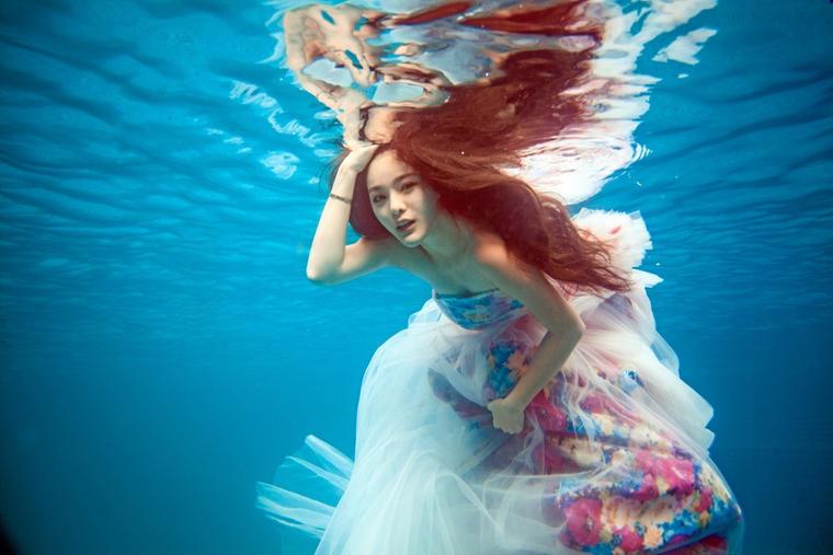 深情——水下婚纱照