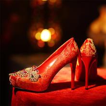 中式婚礼水钻绣花红色结婚鞋防水台超高跟女单鞋细跟秀禾服新娘鞋
