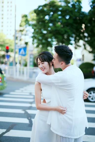 【纽兰视觉】-情侣街景婚纱照