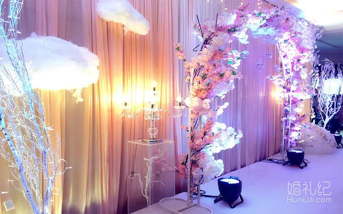 特惠套餐——樱之粉主题婚礼