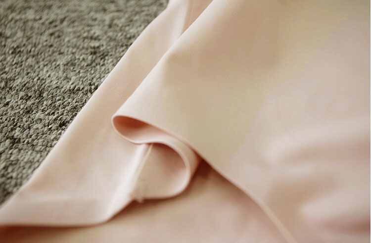 303/304日本原单女士大码无痕内裤超透气一片式冰丝内裤