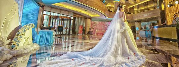 K女王 新娘婚纱客片鉴赏