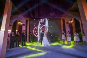 粉紫色公主主题婚礼 立体背景布置 定制专属婚礼