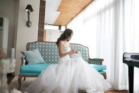 甜美婚纱系列-轻盈薄纱A字裙